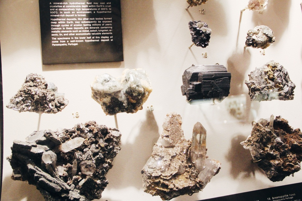 GreyScale in the hall of Minerals