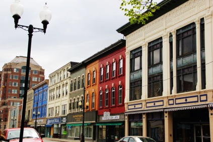 Color splashes in the architecture, augusta Maine