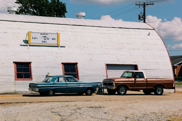 Pilot Point cars, photography in texas