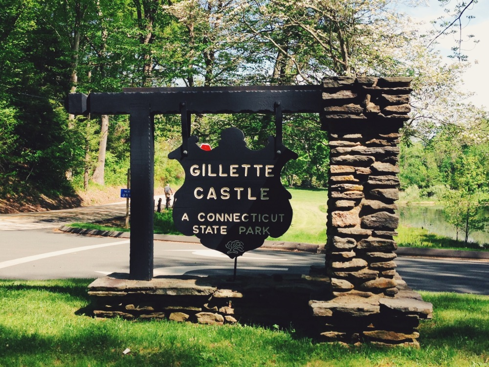 Gillette Caste, Connecticut