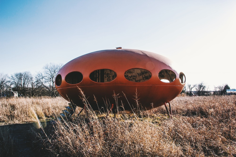 Futuro House, North Texas, Outside Royce City