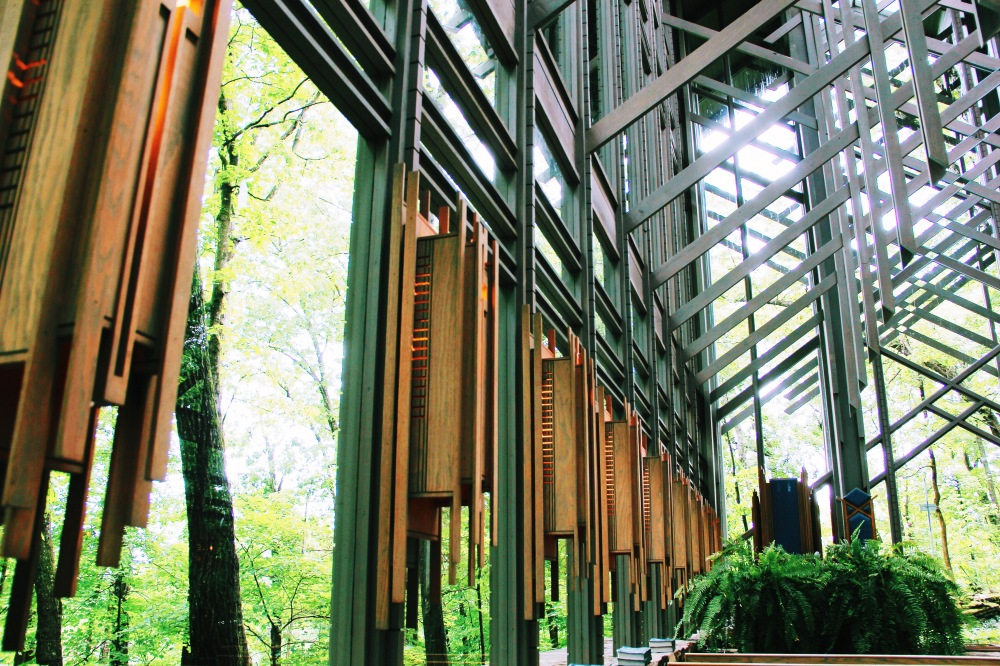 Look up, Thorncrown Chapel