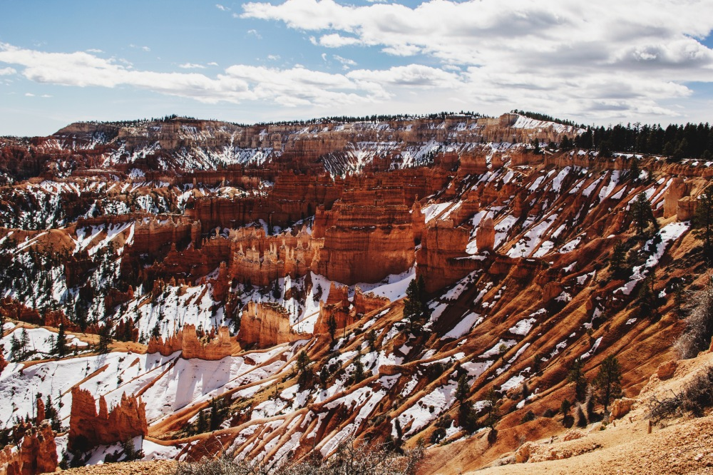 Snow melting in Bryce Canyon