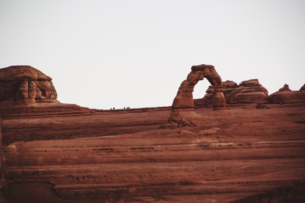 delicate arch at sunrise