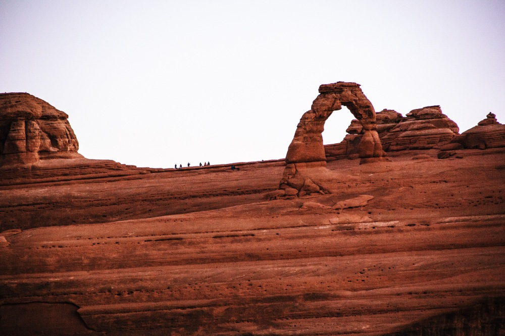 Delicate Arch viewpoint at sunrise